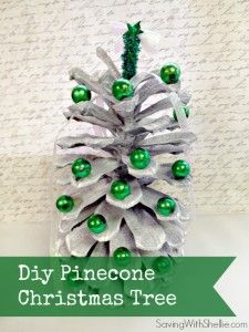 Cute idea for using all those pine cones in the yard. Use them for centerpieces, to decorate packages or as place card holders. #Christmas #DIY