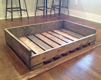 Fait main, personnalisés, lits de chien bois massif style « palette »