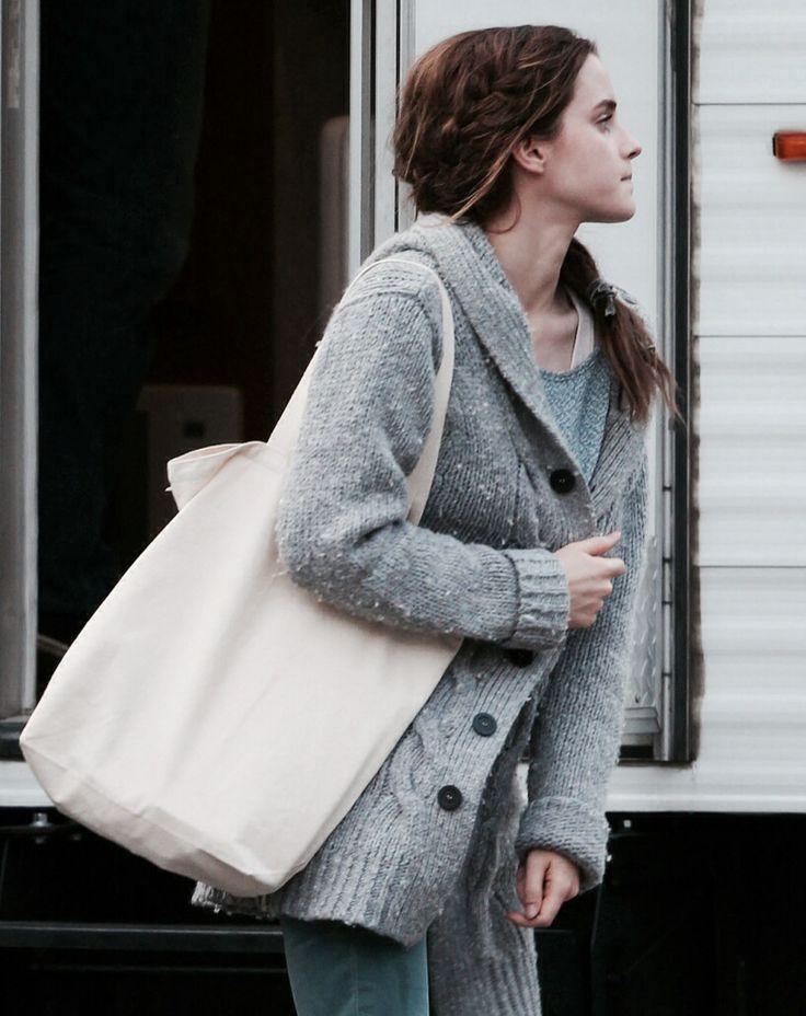 17 best ideas about Emma Watson Casual on Pinterest | Emma watson outfits Emma watson dress and ...