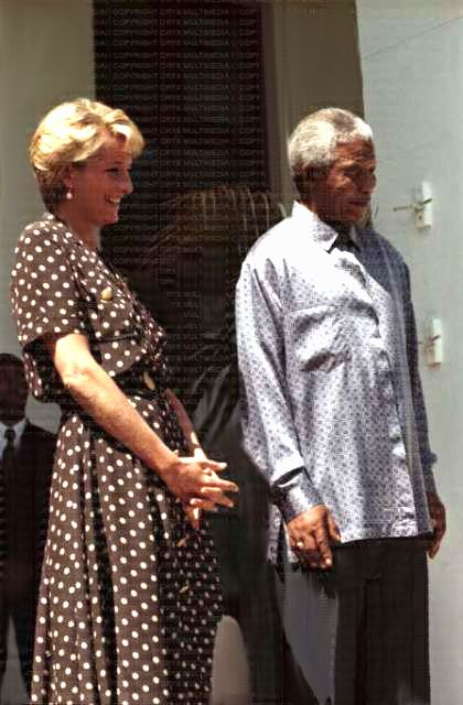17 MARCH 1997 PRINCESS DIANA AND NELSON MANDELA MEET IN SOUTH AFRICA