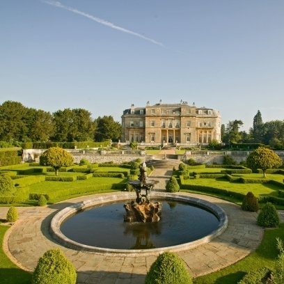 Luton Hoo -Bedfordshire. The de Hoo family lived on the site for 400 years, until 1455. The present house was built for the 3rd Earl of Bute in 1767.It is encircled by over 1000 acres of Capability Brown parkland. The home was redesigned to its present form in 1830.