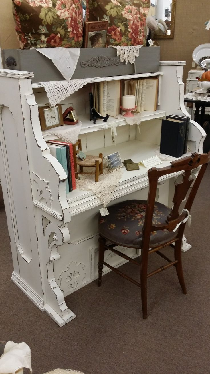 repurposed vintage piano into a gorgeous desk the shabby white really highlights the details. Black Bedroom Furniture Sets. Home Design Ideas