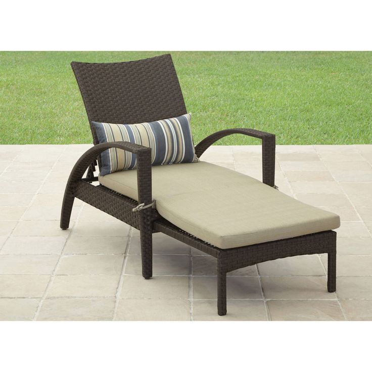 Best 25 chaise lounge outdoor ideas on pinterest patio for Better homes and gardens chaise lounge