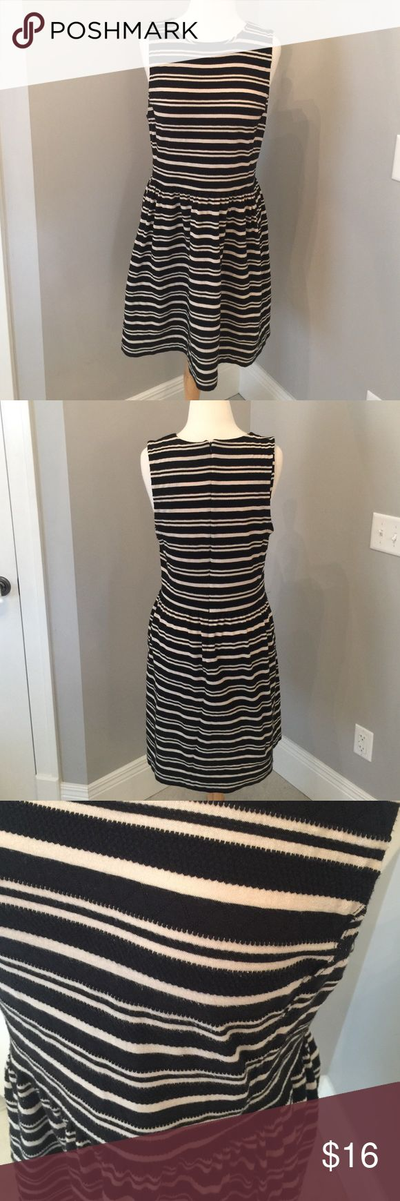 """Striped J Crew dress Crew neck sleeveless dress, zips in the back. 37"""" long, 19"""" wide at bust. 71% cotton, 29% polyester. Does have wash wear as shown in the last pic. From the outlet J. Crew Factory Dresses"""