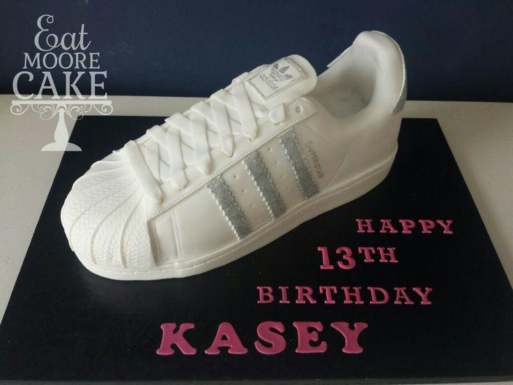 Adidas Classic trainer cake