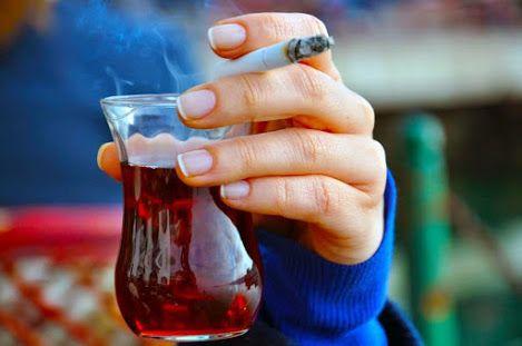 """""""Masada çay bardakları ve senin ellerin olsun...""""  - Tarık Tufan"""