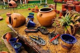 Dargle Valley Pottery was established 35 years ago and is the longest standing member of the Midlands Meander. They are most famous for their Mexican Fireplaces, Moroccan Tagines and Pizza Ovens. www.midlandsmeander.co.za