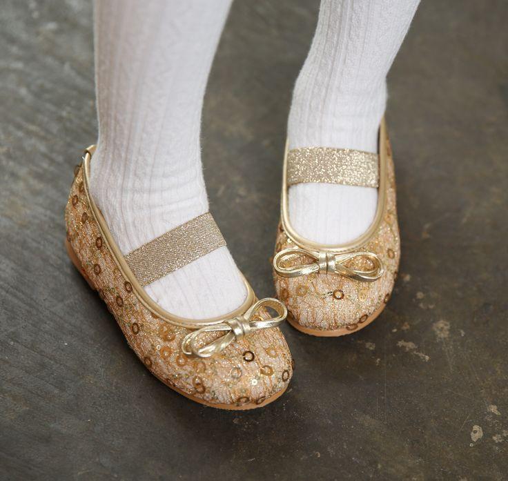 "Ozkiz ""Belly Deli"" Flat Shoes #오즈키즈 #구두 #아동화 #아동구두 #여아구두 #아동신발 #여아샌들 #아동화 #아동구두 #여아구두 #아동신발 #여아샌들 #육아스타그램 #애스타그램 #아이구두 #애스타그램 #맘스타그램 #베이비그램 #베이비룩 #베이비스타 #맘스타일 #젊줌마 #맞팔 #베이비 #소통해요 #Ozkiz #Girlsshoes #Flats #MaryJaneShoes #Kidsfootwear #Kidsstyle #Kidsfashion #princessshoes #어린이"