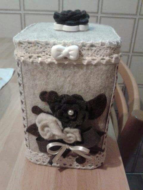 Riciclo creativo di una scatola in latta