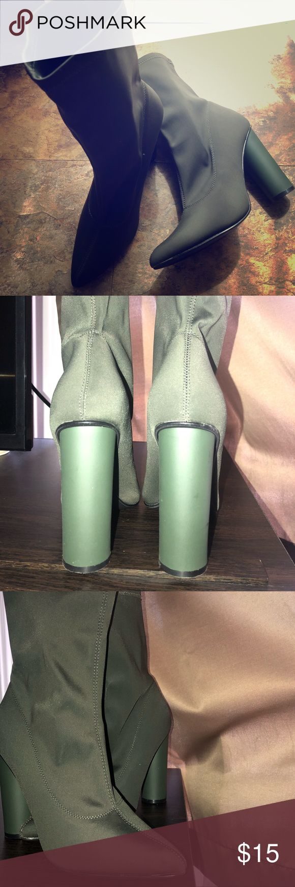 Booties Olive green high ankle, sock design, point…