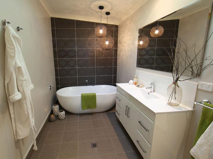 The Renovators AU - Sixties Suburban Bathroom 1