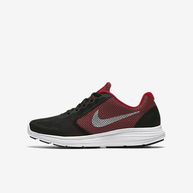 Nike Revolution 3 (3.5y-7y) Big Kids' Running Shoe
