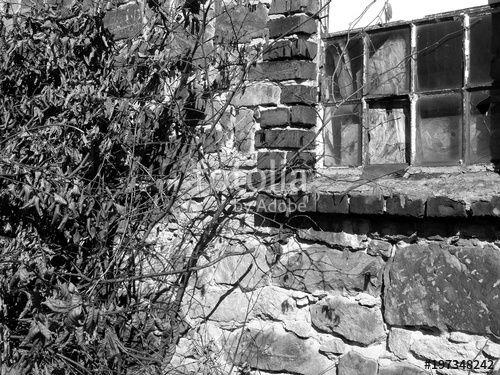 My Vision Of An Old Window Repurposed Kalkbemalte Mobel