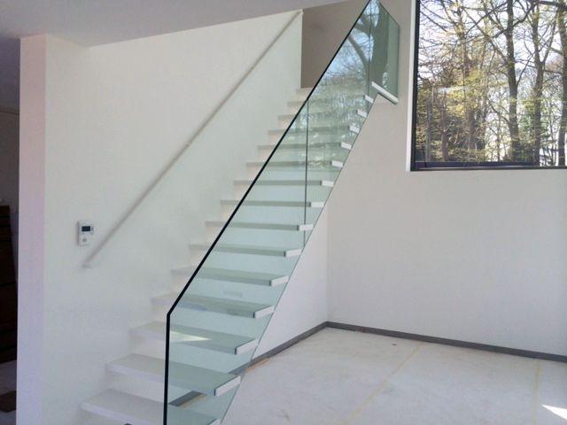 20 beste afbeeldingen van originele trappen - Railing trap ontwerp ...