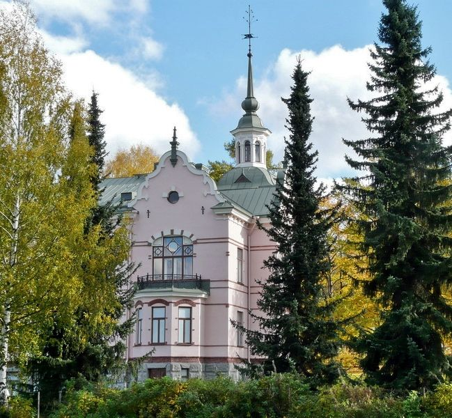 Lahyi Manor, Finland