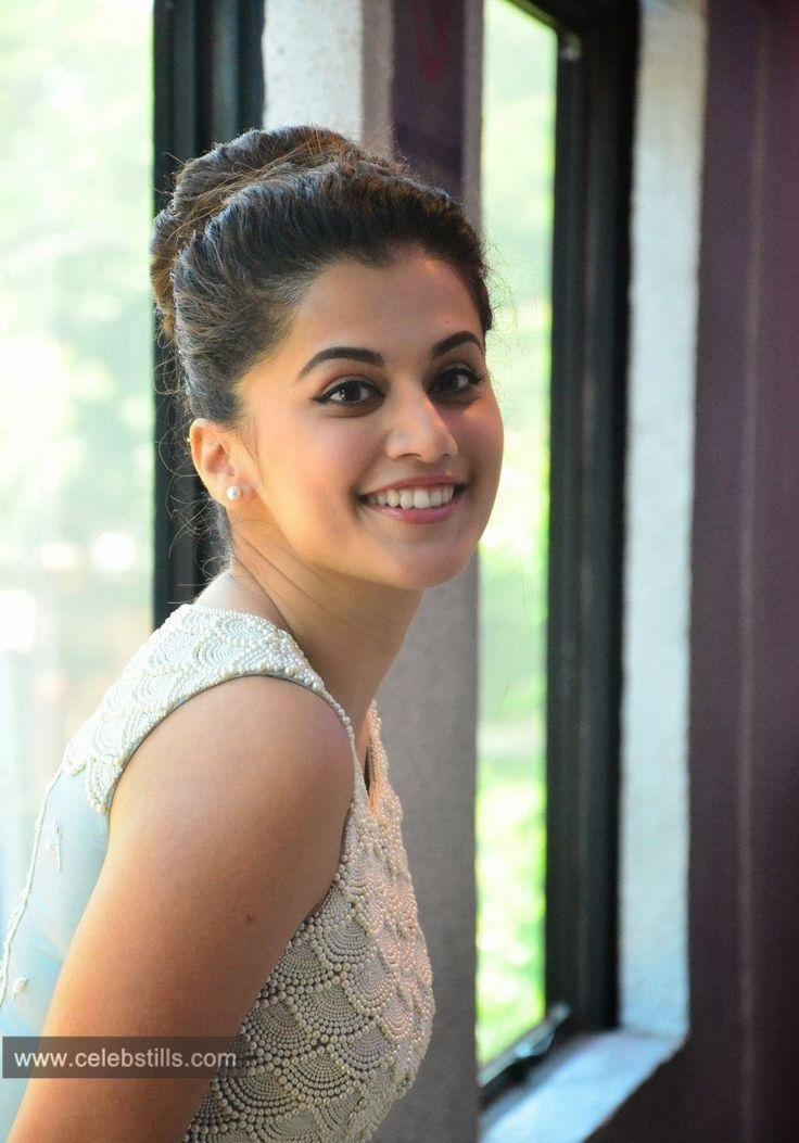 celebstills: Tapsee Pannu at Kanchana 2 Movie Press Meet stills