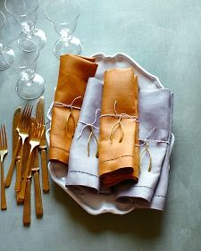 Gold utensils are H-O-T! And a a wishbone napkin ring: so sweet. Plus #SFERRA Festival dinner napkins in Gray and Curry.