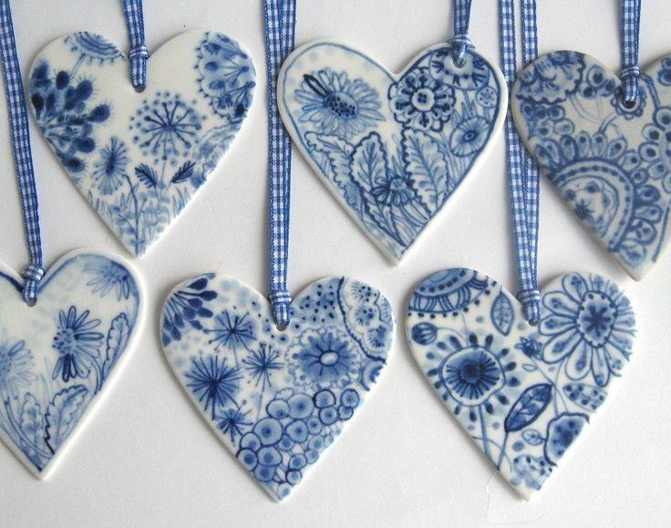 Zelf Delfts blauwe schaaltjes maken van klei.