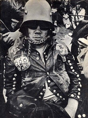 Wow! I remember this old pic. Fairly sure this was a front cover for a 1970s novel about UK Hells Angels published by New English Library.
