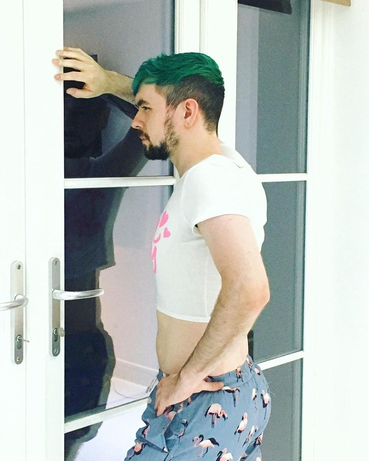 "Jacksepticeye (@jacksepticeye) on Instagram: ""Just thinking about my Dream Daddy!"""