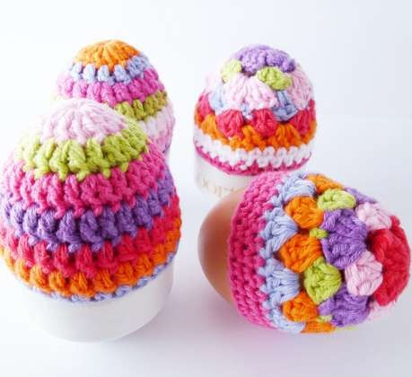 Crocheted egg cosy! Perfect idea for Easter.