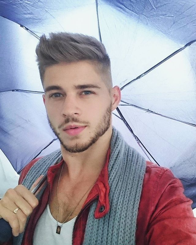 You can stand under my #umbrella (ella-ella-eh-eh-eh). What's your #favourite #song about #rain?