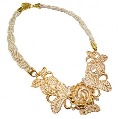 #Lace #jewellery #Necklace #white #beige #fashion #ozzi_jewellery