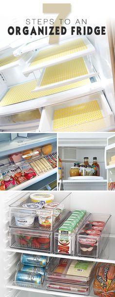 Lebensmittel im Kühlschrank nach Kategorien sortieren und in durchsichtigen Behältern lagern. So sieht jeder, was da ist und weiß, wo es beim Einräumen hingehört. Beschriften nicht vergessen! Ordnungssystem für Küche und Kühlschrank.