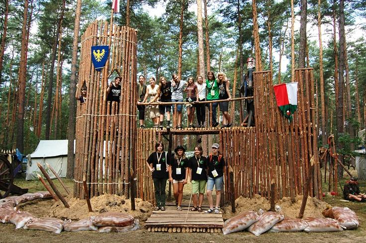 Zlot XX-lecia ZHR, brama do podobozu górnośląskich harcerzy.