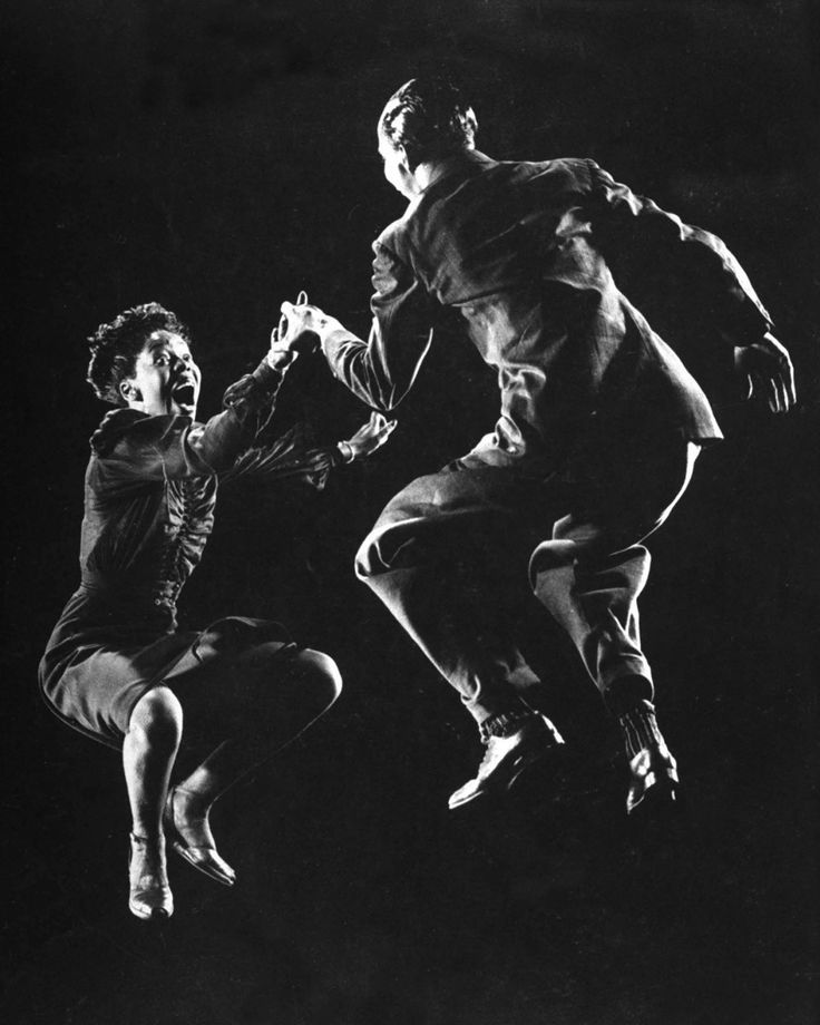 "Gjon Mili / Getty Images Leon James and Willa Mae Ricker demonstrate a step of ""The Lindy Hop"" dance craze in 1943."