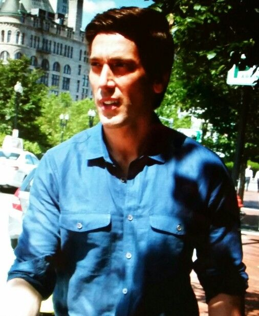 muir single guys David muir net worth as of 2016, famous american television presenter and journalist david muir has accumulated total net worth amount of $7 million dollars.