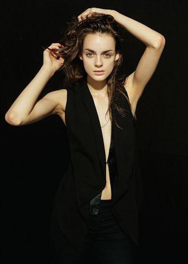 Kamila Fornalik | Division