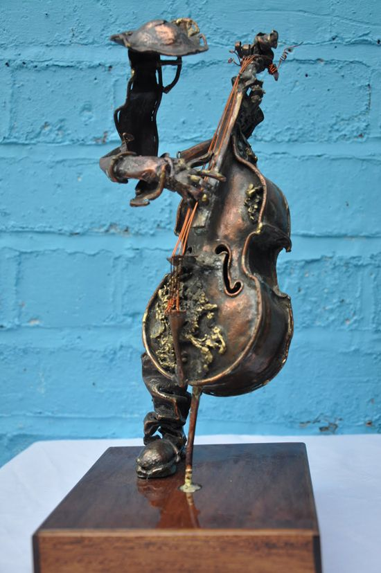 Contemporary and traditional sculptures by Karen Grigorian