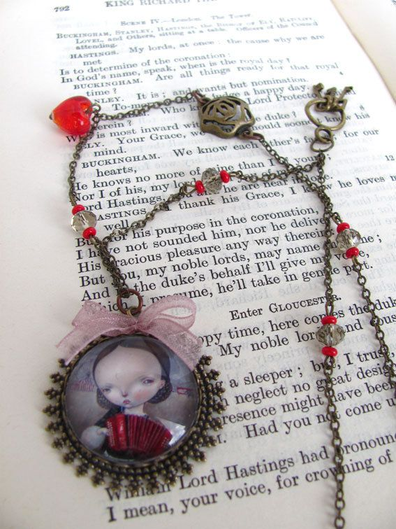 LOVE SONG necklace by Dilkabear on Etsy, €35.00