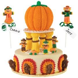 Wilton Cake Ideas For Thanksgiving : 31 best images about Fall -- Cakes and Cupcakes on ...