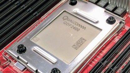 Der Centriq 2400 ist die erste Server-CPU mit 10-nm-Fertigung und basiert auf von Qualcomm entwickelten Falkor-Kernen mit ARM-Technik. Die haben allerdings wenig mit den Snapdragons zu tun, sondern nutzen ein paar andere Tricks.