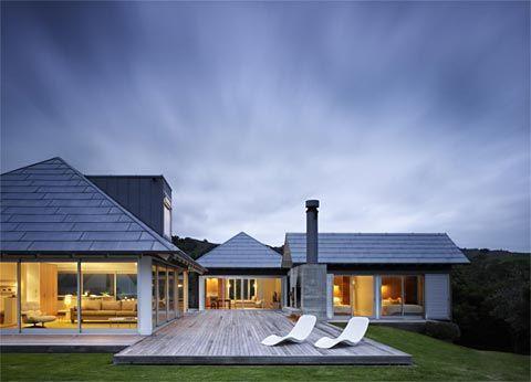 Kuaotunu House: Relaxed Coastal Living | http://www.busyboo.com/2011/08/24/coastal-home-kuaotunu/