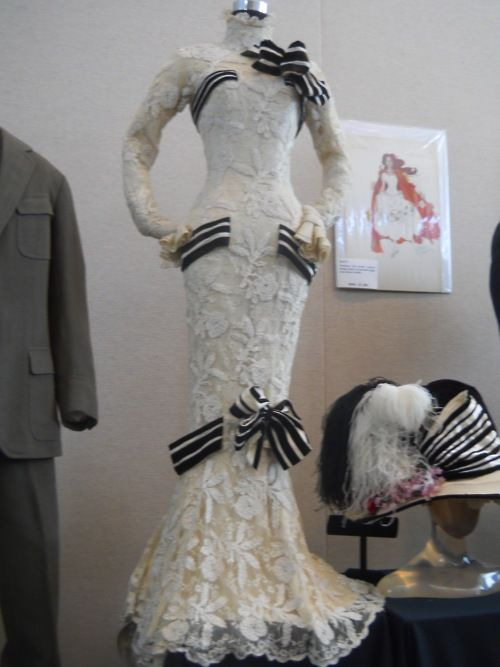 my fair lady dress!: Schools Fashion, Muh Slippers, Favorit Dresses, Romantic Fashion, Vintage Fashion, Romantic Victorian, Victorian Era Beauty Mor, Lady Dresses, Victorian Clothing