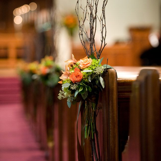 Church Altar Wedding Decorations Pictures: 1000+ Ideas About Pew Flowers On Pinterest