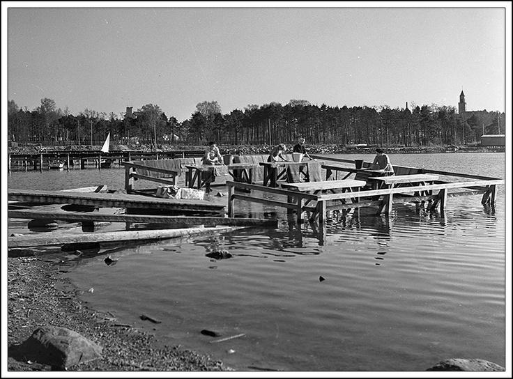 Merikannontien mattolaituri 1950-luvulla. Kuva: Keijo Aaltonen.