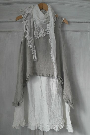 muted grey, seafoam and white pacific beach wear - BY PIA`S: MY VINTAGE LOOK - Hang Me Up...