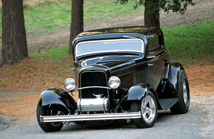 '32 Ford coupe - wicked chopped top