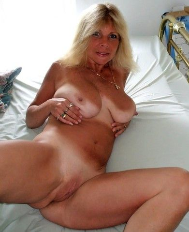 Suck that cock blondie
