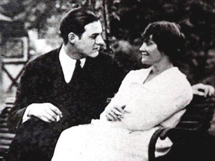 Ernest Hemingway and Hadley Richardson.