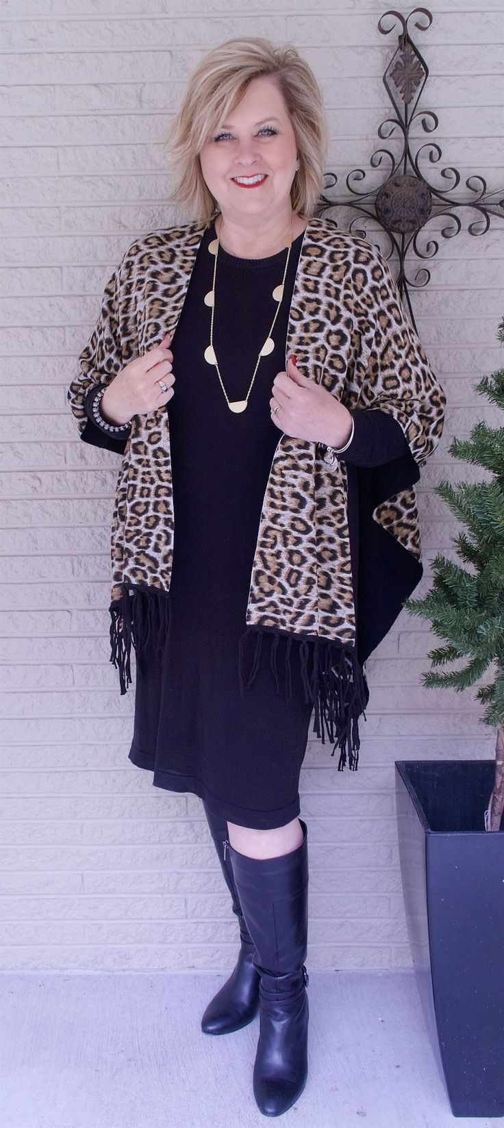 50 IS NOT OLD | WHAT IS A RUANA | Shawl | Wrap | Leopard print | Reversible clothing | Date Night Outfit | Fashion over 40 for the everyday woman @chicos