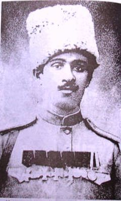 Teymur bey Mirza Haji bey oglu Novruzov (20 april 1880 Tovuz, Qovlar - 1961 Nitse) - Major-General. In 1898 he began the military service and rose from private to major-general rank. By order of Democratic Republic of Azerbaijan dated August 02, 1919 he was conferred the rank of major-general for excellent services in the army. He forced to migrate to Germany due to pressure of the Bolsheviks in 1920.