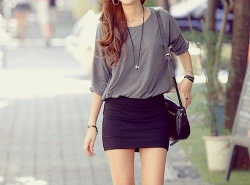 baggy shirt tight skirt