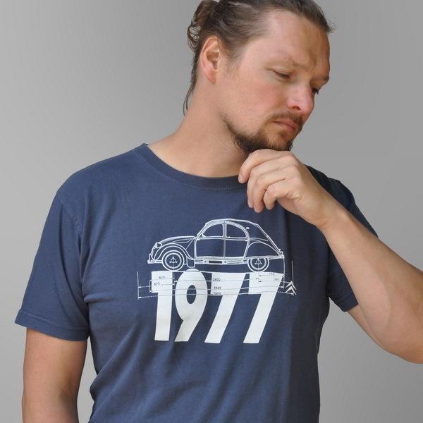 Fan Art T-shirt!  Voor de liefhebber van de jaren 70 en de 2CV(Deux Chevaux Vapeur)   Citroen!