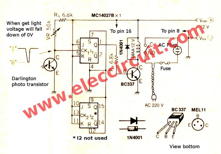 Light sensor switch circuit using JK-Flip-Flop