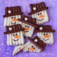 Chocolate Pretzel Snowman Craft – smartdiylist